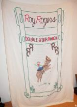 ROY ROGERS BEDSPREAD. TWIN BED SIZE.