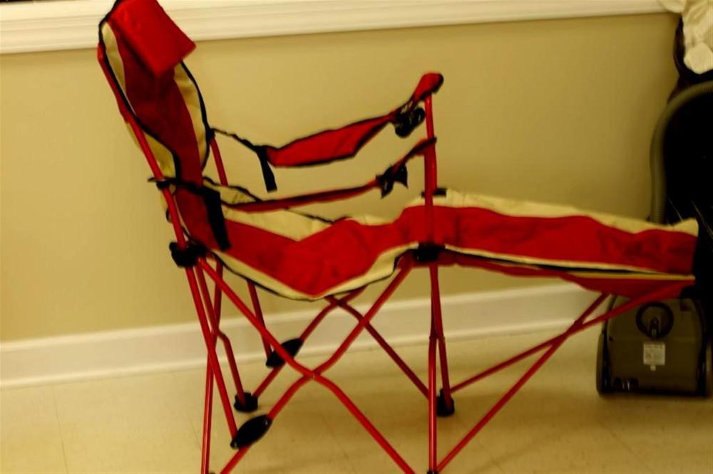 Red Canvas Folding Chair with Footrest