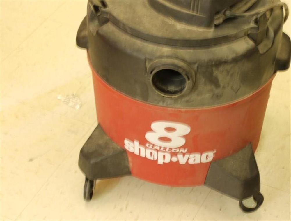 8 Gallon Shop Vacuum