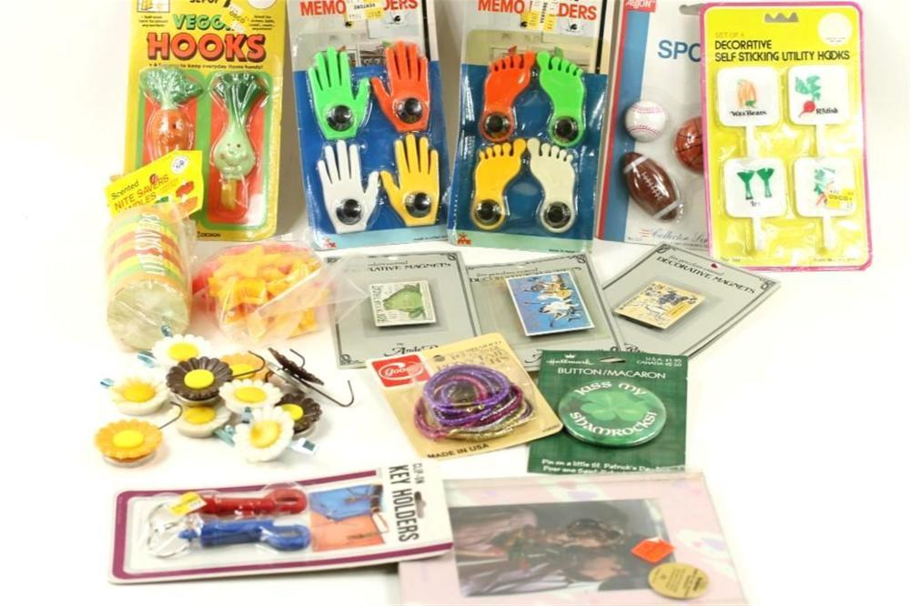 Mixed Lot incl Vintage Refrigerator Magnets