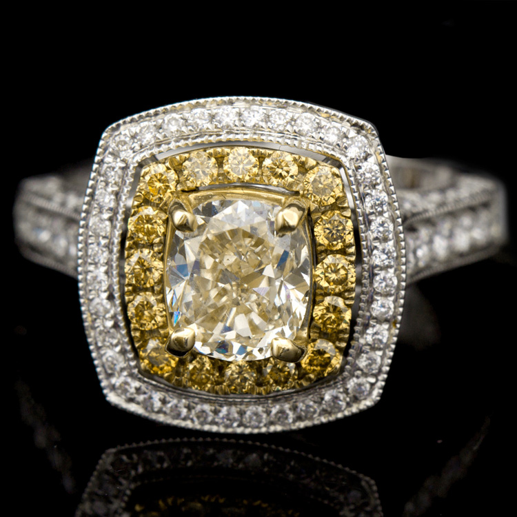 18K GOLD LADY'S RING W/ 2.46ct. TOTAL DIA WEIGHT