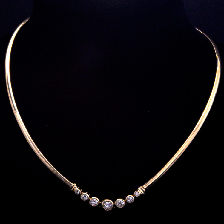 14K GOLD NECKLACE W/ OMEGA CHAIN W/ 1.00ct. DIAMOND