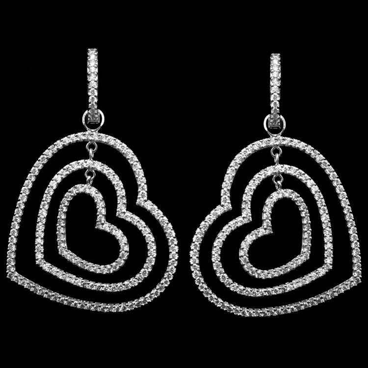 18K GOLD HEART EARRINGS W/ 3.90ct.  FANCY DIA