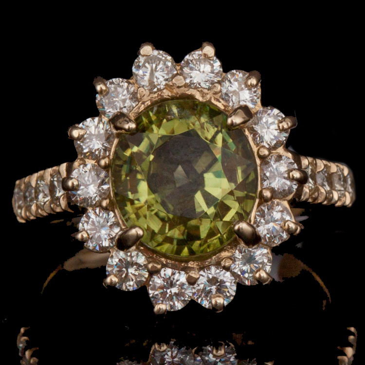 14K GOLD RING W/ 2.41ct. PERIDOT & 1.16ct. DIA