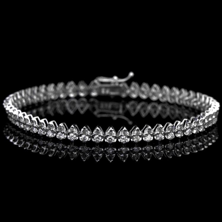 18K GOLD BRACELET W/ 2.25ct. DIAMOND