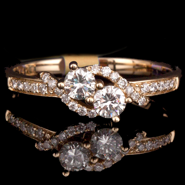 14K GOLD TWO STONES RING W/ 0.50ct. TOTAL WEIGHT WHITE