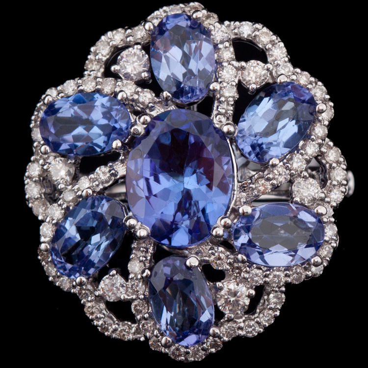 14K GOLD RING W/ 4.79ct. TANZANITE & 0.78ct. WHITE DIA
