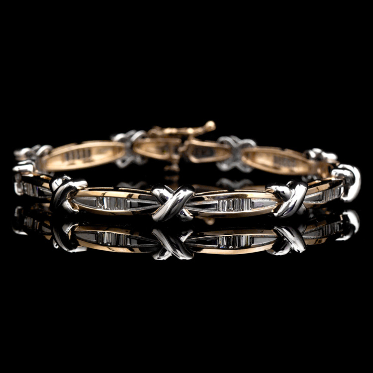 14K GOLD BRACELET W/ 1.18ct. BAGUETTE DIAMOND