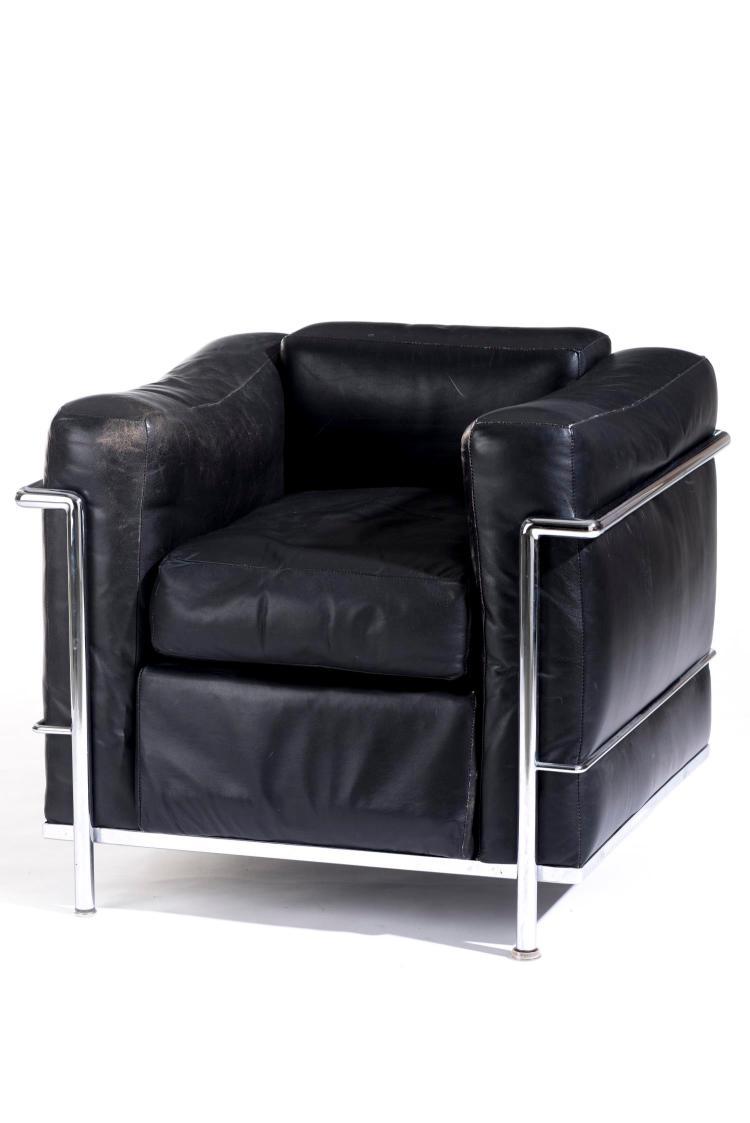 le corbusier charlotte perriand fauteuil mod le lc2 cr a. Black Bedroom Furniture Sets. Home Design Ideas