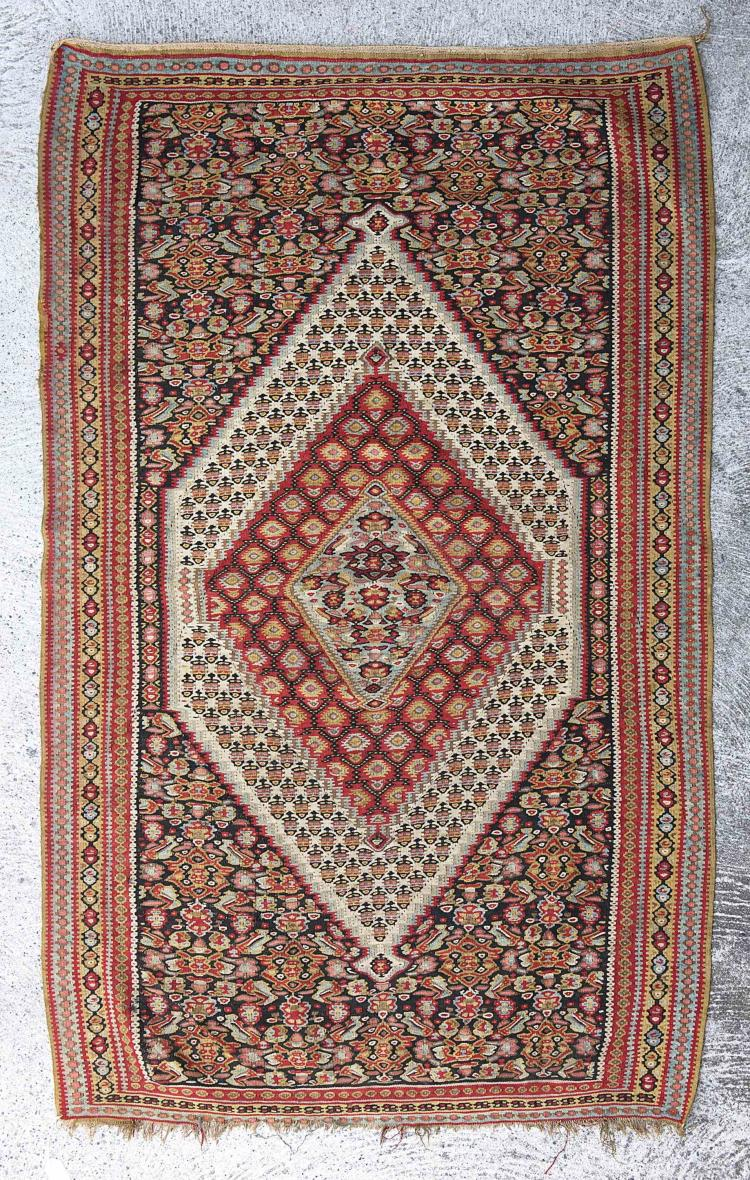 Kilim ancien probablement d 39 anatolie m daillon central 3 - Kilim ancien ...