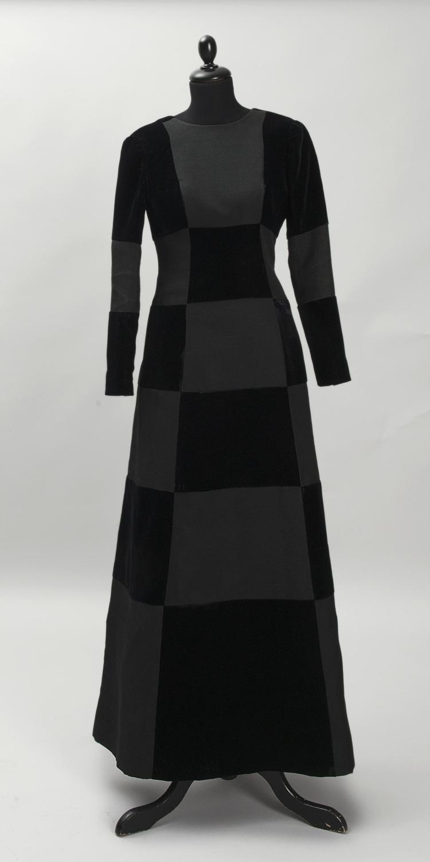 givenchy haute couture robe de soiree en damier en velours With robe de soirée haute couture