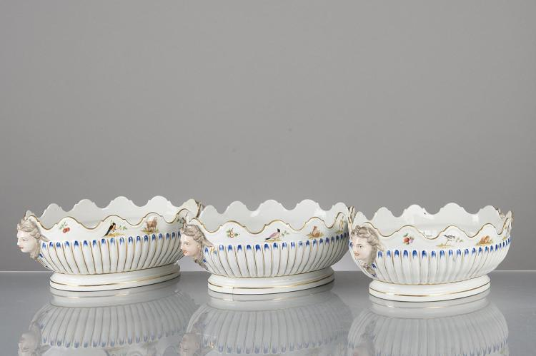3 rafraichissoirs ovales en porcelaine anglaise d cor int for Decoration anglaise