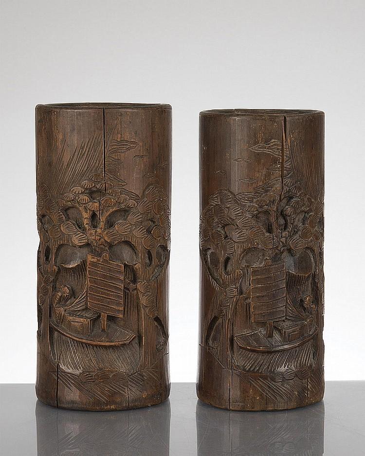 paire de bitong ou porte pinceaux en bambou sculpt d cor. Black Bedroom Furniture Sets. Home Design Ideas