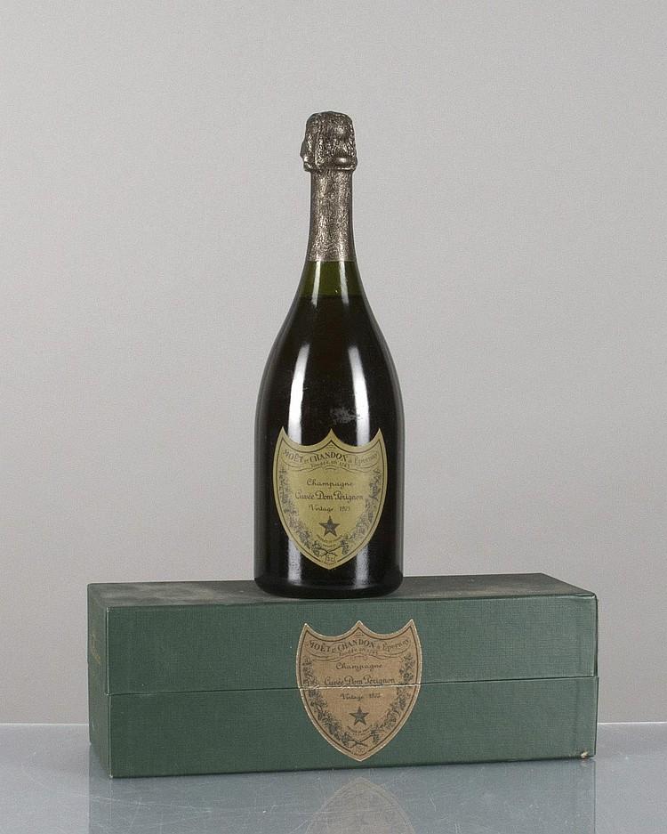 1 bouteille de champagne dom p rignon 1975 75 cl. Black Bedroom Furniture Sets. Home Design Ideas