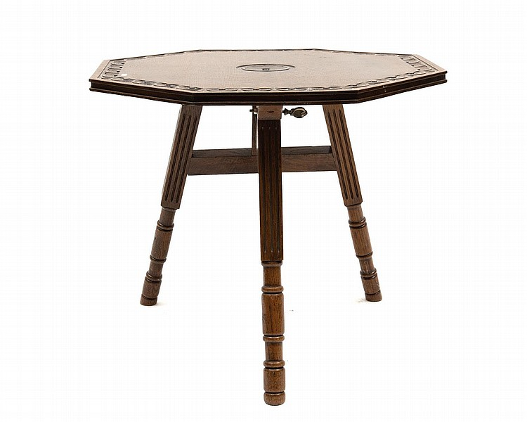 Table pliante en ch ne art nouveau plateau octogonal grav - Table console chene ...