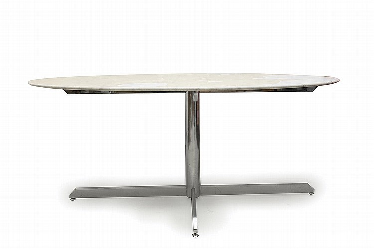 Table ovale knoll florence knoll n e en 1917 usa table d for Table knoll ovale marbre blanc