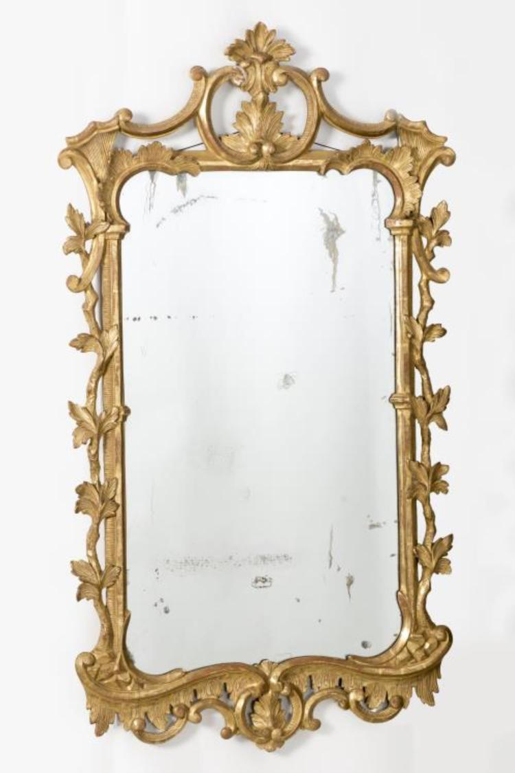 Miroir en bois dor attribu thomas chippendale for Meuble chippendale
