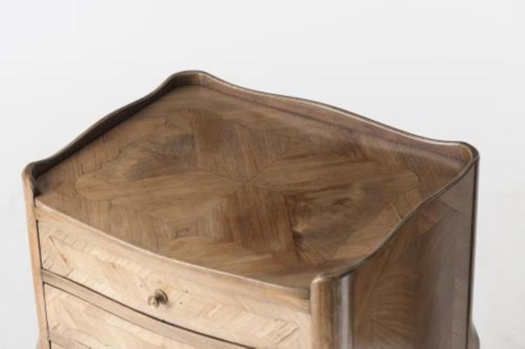 paire de chevets de style louis xv. Black Bedroom Furniture Sets. Home Design Ideas
