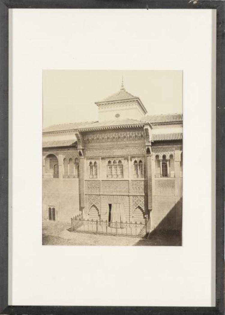 Deux photographies en noir et blanc d 39 architecture de l 39 alka for Architecture noir et blanc
