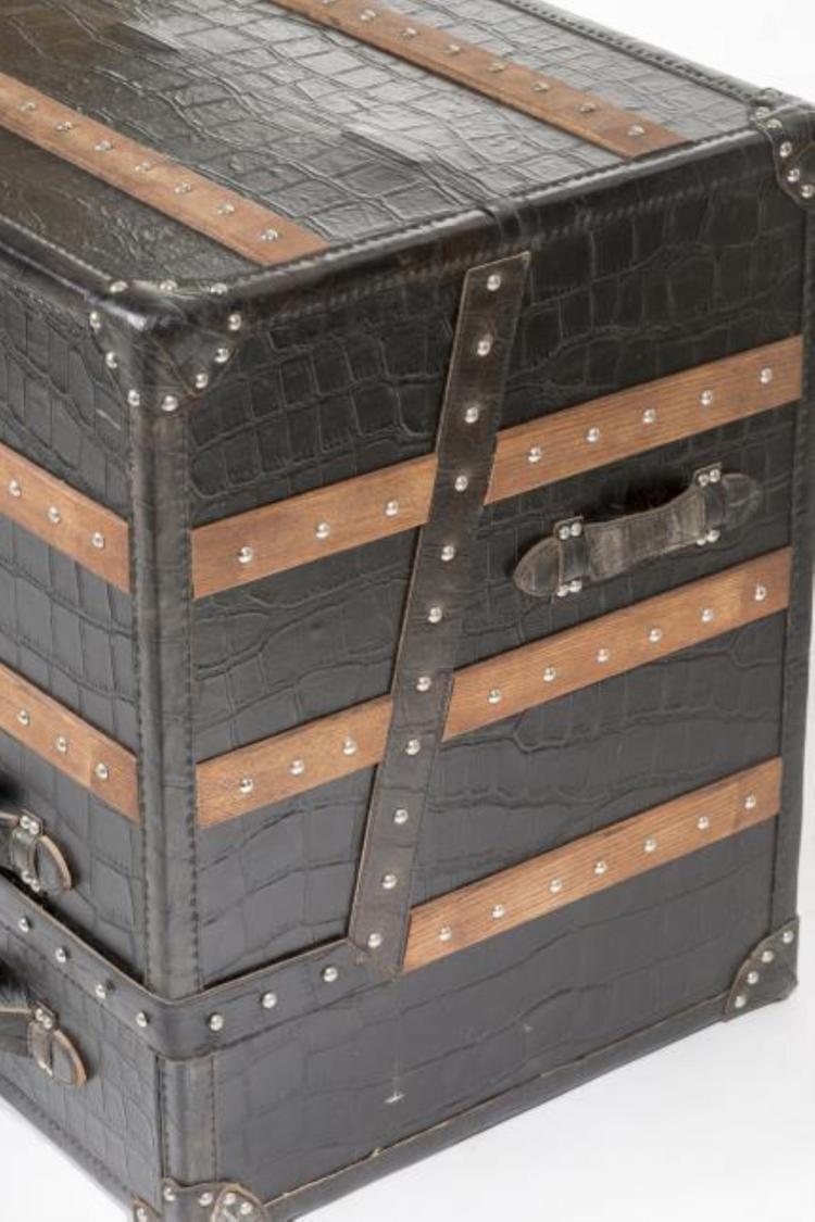 Tapisserie imitation cuir noir id e for Carrelage imitation bois pas cher