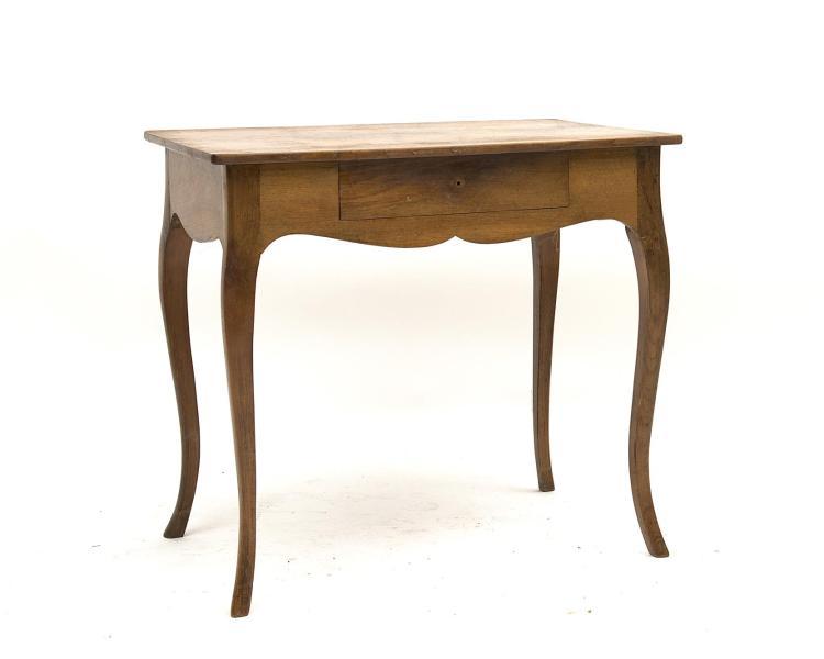 petite table en noyer de style louis xv vers 1900 4 pieds