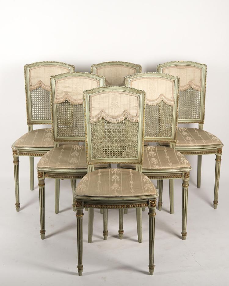 6 chaises de style louis xvi cann 233 es avec rehauts d or pied