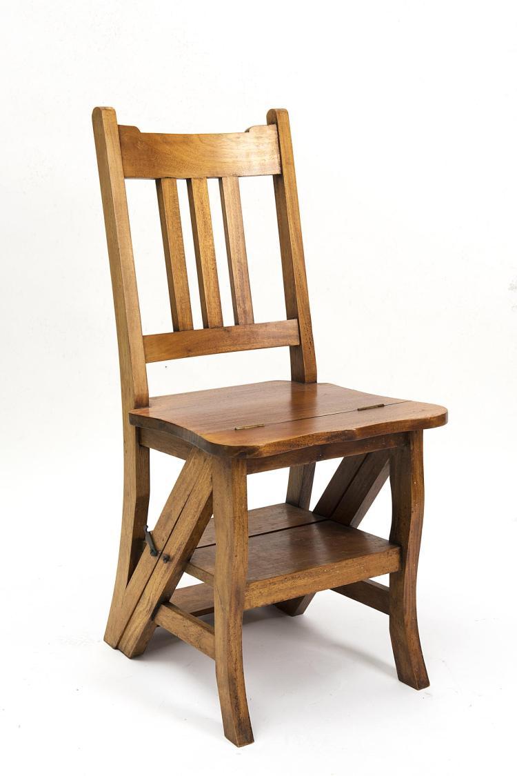 Chaise syst me faisant office d 39 escabeau de biblioth que for Art nouveau chaise