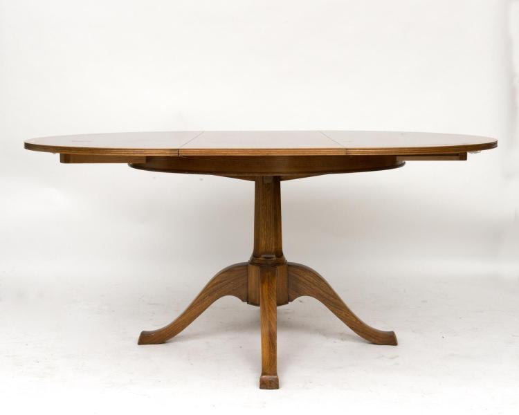 Table ronde en ch ne avec possibilit d 39 inclure une allonge for Tables rondes avec allonges