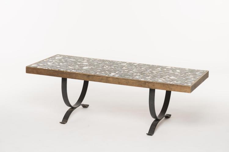 Table basse rectangulaire plateau form par une mosa que ga - Table mosaique rectangulaire ...