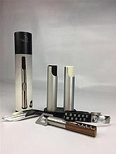Ouvre bouteille bois/métal + Grand Set poivrière salière JOHNNY SORENSEN et