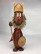 Personnage  viking teck/fourrure design danois HANS BOLLING H 31cm