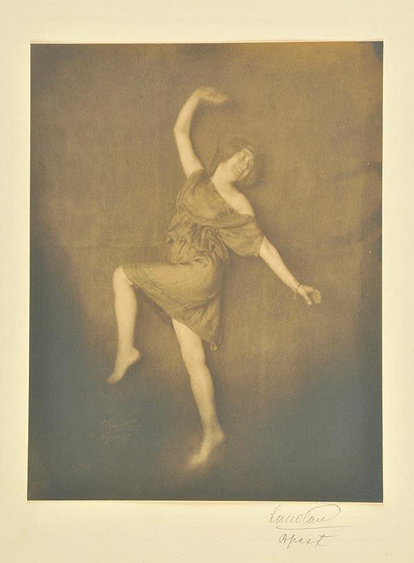 Landau (Ergy, 1896-1967). Unidentified woman