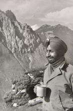 * Cartier-Bresson (Henri, 1908-2004). Kashmir: War Without a Front, 1948,