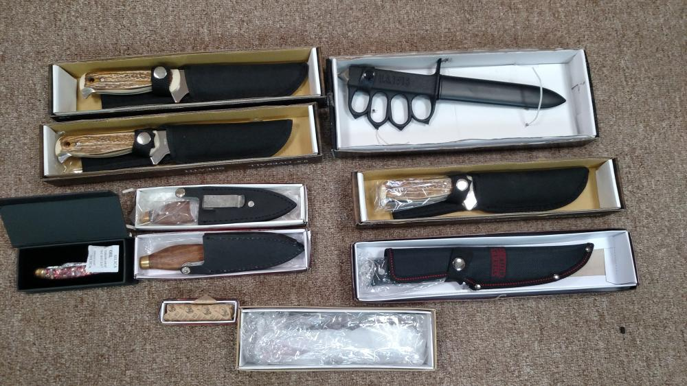 10 assorted knives w/ sheaths