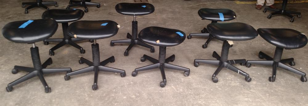 8 rolling chairs- no backs- used in beauty school for pedicures