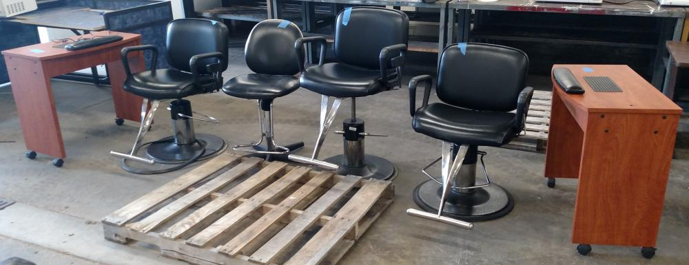4 beauty parlor chairs and 2 nail manicure stations