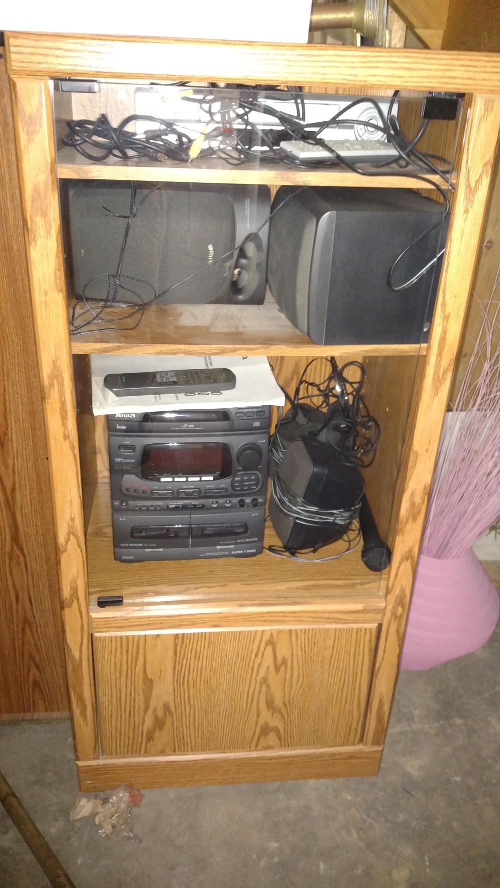 Aiwa stereo, 3 CD AM/FM cassette w/ speakers in cabinet