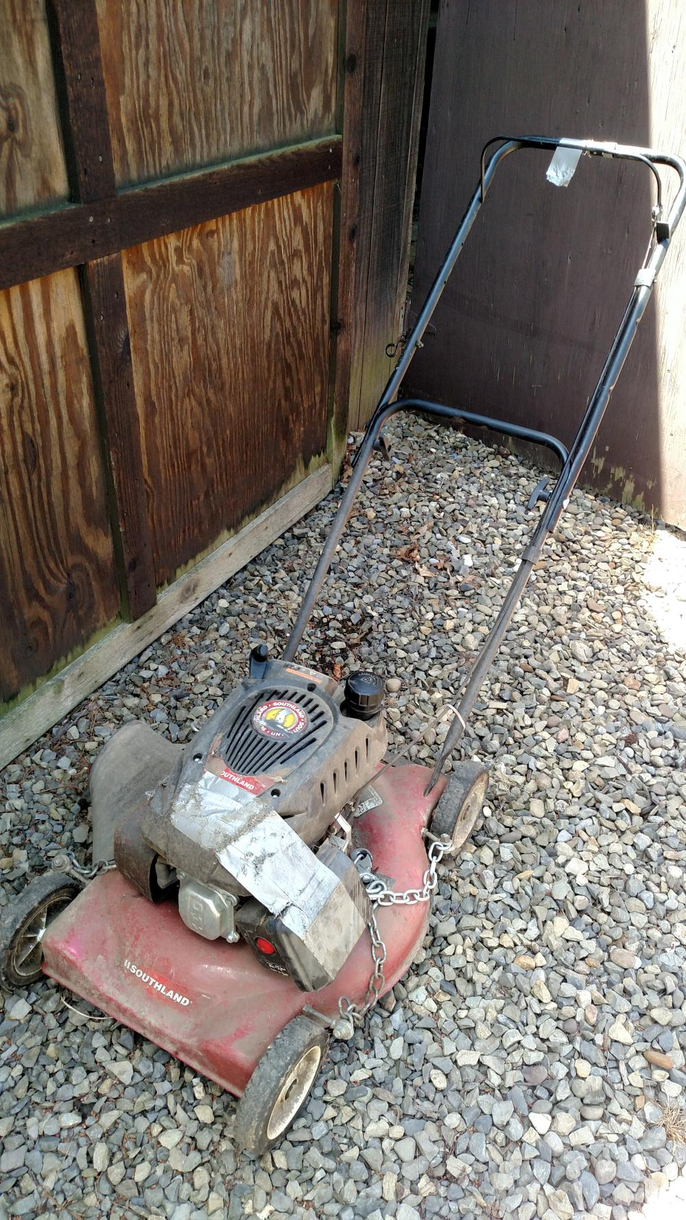 Southland trim mower (needs some work - project mower)