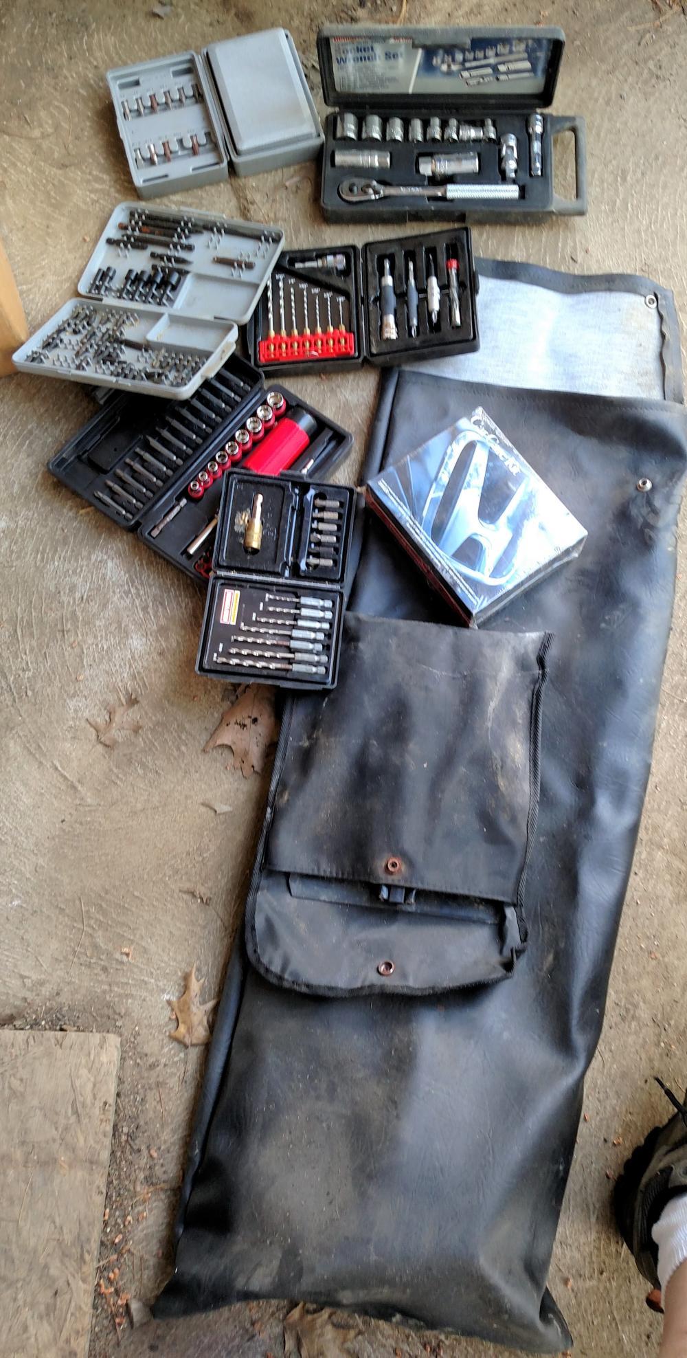 sockets, drill bits, variety of bits