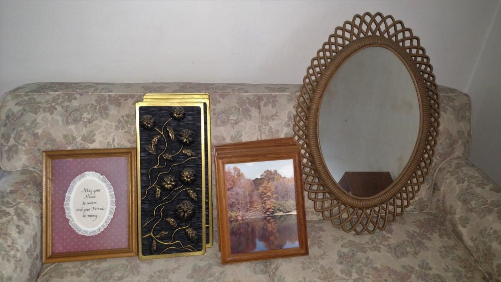 pictures, wall hangings, mirror