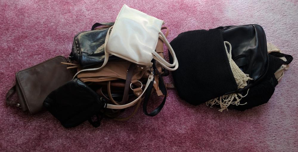 purses/hand bags-- +- 12