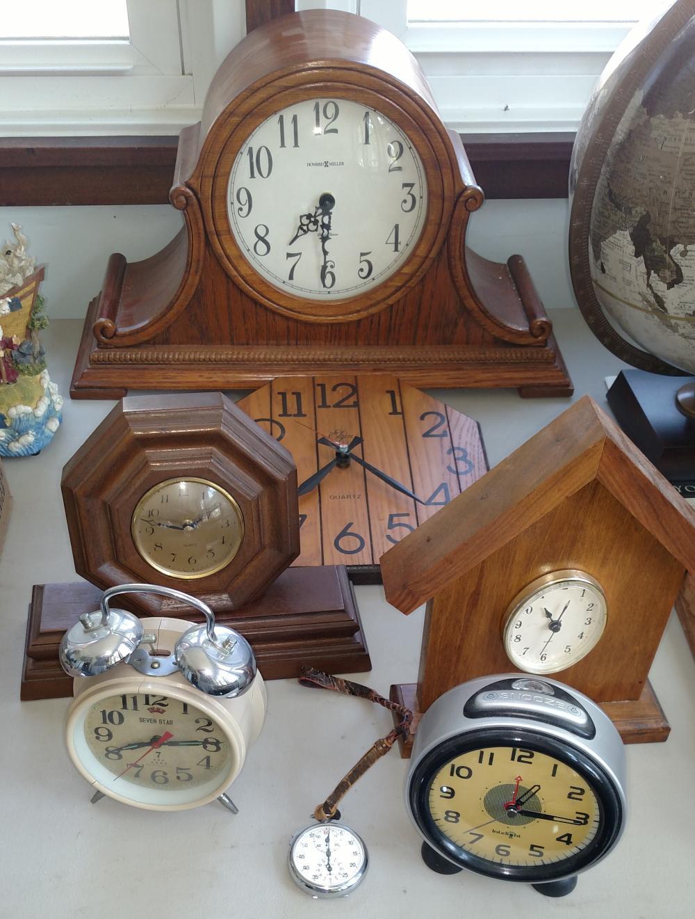 howard miller mantle clock, other clocks, alarm clocks, stop watch