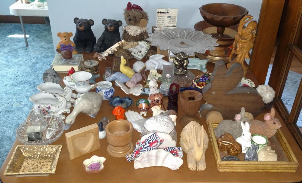 bears, wood bowls, bunnies, fenton glass slipper, folding fan, weeping gold item