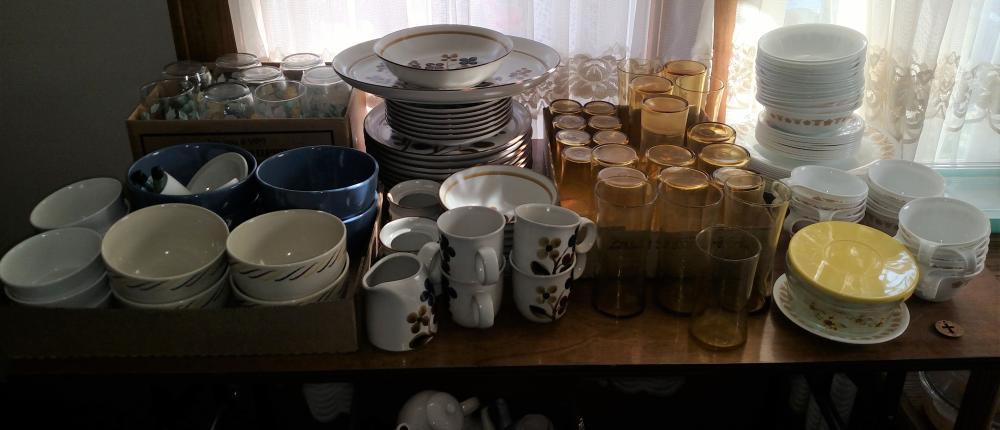 corelle dishes, noritake stoneware dishes, glasse, bowls, teapots