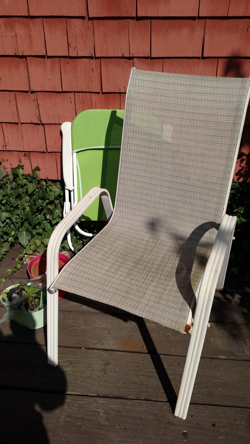 Lot Storage Bin Patio Lawn Chairs Resin Dog Patio Joblot Roughness On Chairs
