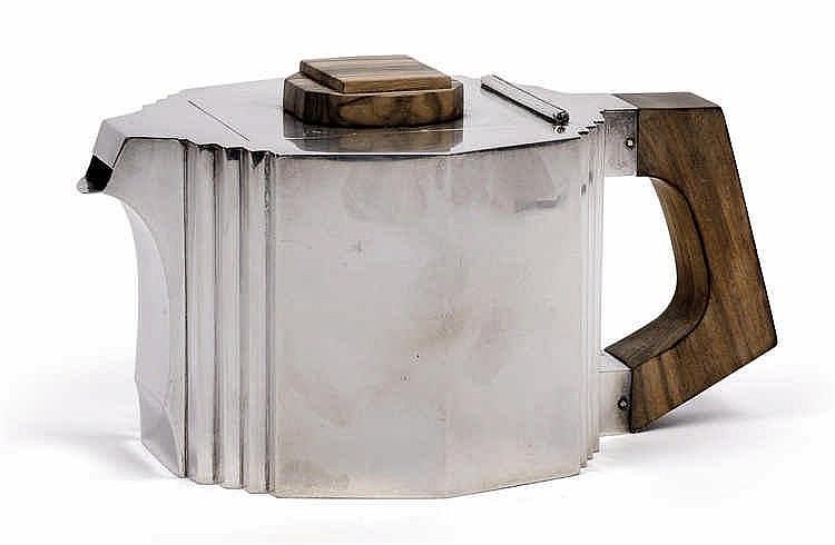 A rare Art Deco teapot by Delheid Frères,