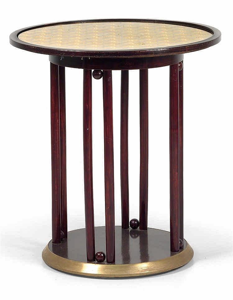 Josef Hoffmann, Fledermaus table,