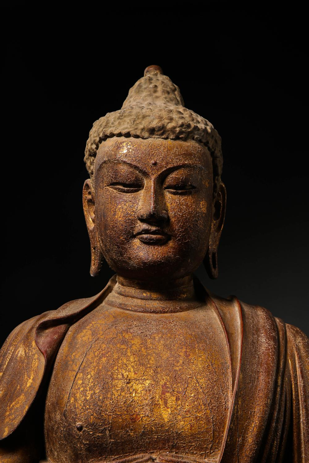 11TH CENTURY SONG DYNASTY, CHINESE WOOD CARVED BUDDHA SEATED STATUE