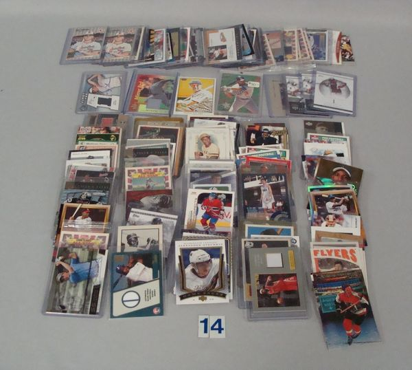 SHOE BOX OF MODERN SPORTS CARDS