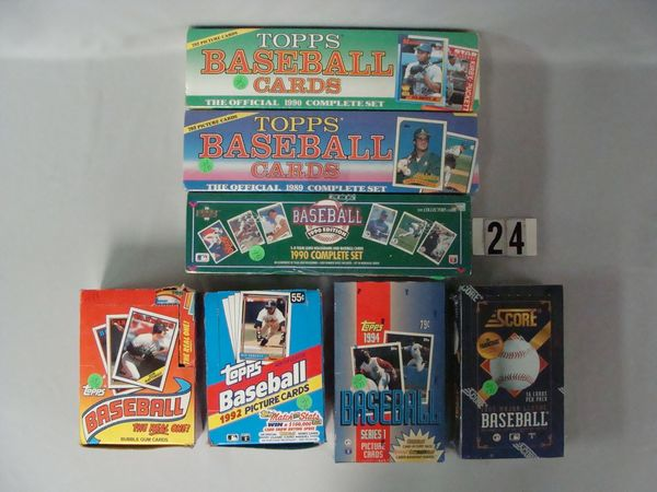 LOT: 1989 & 90 TOPPS FACTORY BASEBALL CARD